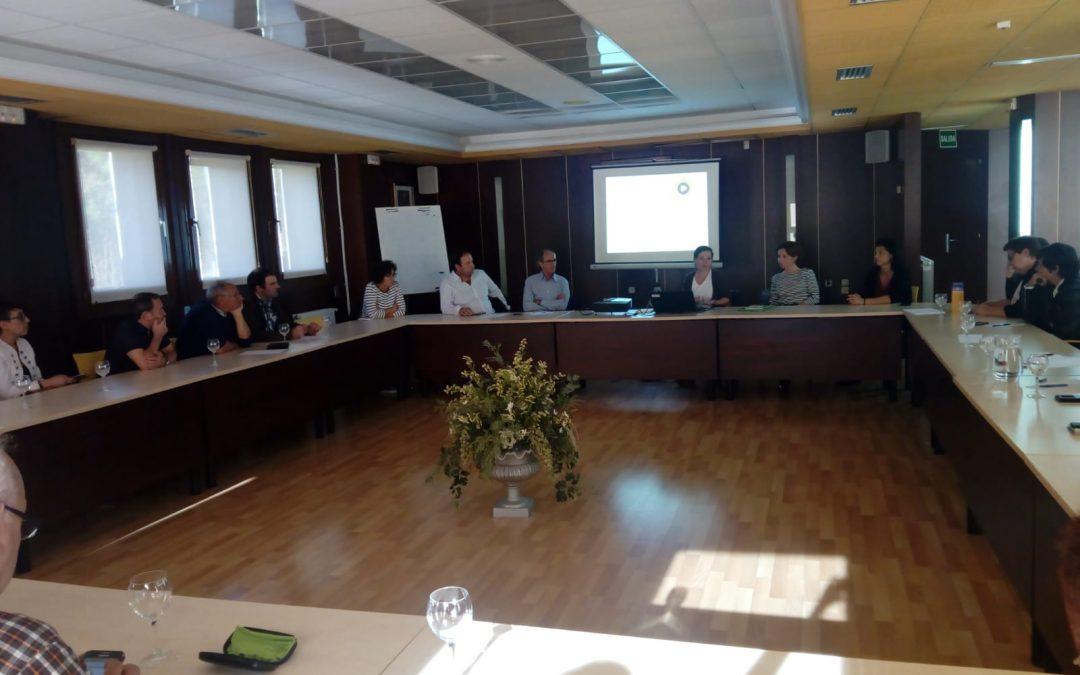 Intercambio de experiencias y puesta en común de ideas entre el proyecto Pueblos Vivos y ADECUARA